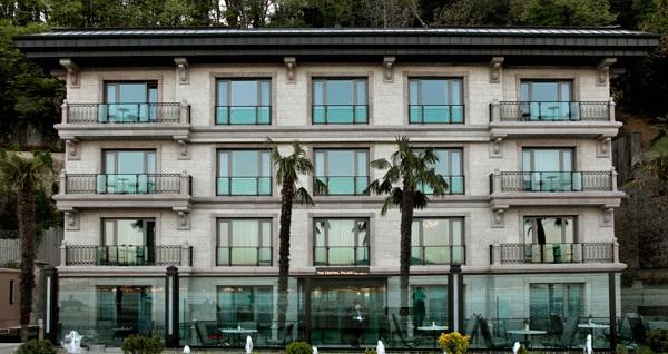 Tarabya The Central Palace Bosphorus'ta Boğaz manzaralı konaklama keyfi 449 TL'den başlayan fiyatlarla! Fırsatın geçerlilik tarihi için, DETAYLAR bölümünü inceleyiniz.