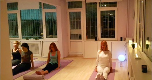 Bağdat Caddesi Yoga Academy'de 1 ay (4 ders) yoga eğitimi 155 TL yerine 59 TL! Fırsatın geçerlilik tarihi için DETAYLAR bölümünü inceleyiniz. 1 ders 1,5 saattir. Sınıflar maksimum 15 kişiliktir.