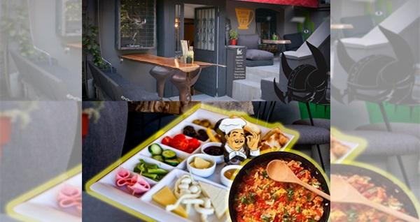 Beyoğlu Gergedan Art Cafe'de menemen eşliğinde kahvaltı tabağı 45 TL yerine 35 TL! Fırsatın geçerlilik tarihi için, DETAYLAR bölümünü inceleyiniz.