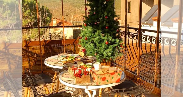 Urla Barbaros Köyü Adahan Butik Otel'de enfes lezzetlerle dolu serpme kahvaltı keyfi 45 TL yerine 29,90 TL! Fırsatın geçerlilik tarihi için, DETAYLAR bölümünü inceleyiniz.