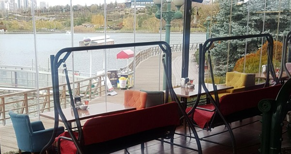 Göksu Park İlkay's Cafe'de Türk kahvesi eşliğinde serpme kahvaltı kişi başı 45 TL yerine 30,90 TL! Fırsatın geçerlilik tarihi için DETAYLAR bölümünü inceleyiniz.