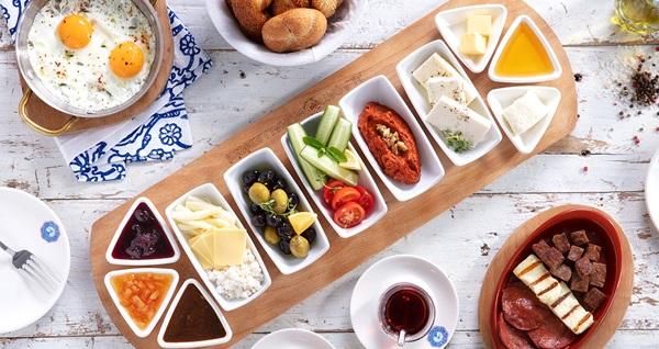 Alaçatı Muhallebicisi İSTMarina AVM'den lezzetine doyamayacağınız serpme kahvaltı 29,90 TL! Fırsatın geçerlilik tarihi için DETAYLAR bölümünü inceleyiniz.