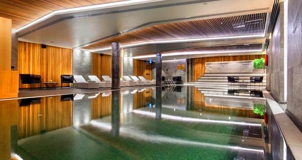 Double Tree by Hilton Piyalepaşa Santis Club Fitness&Spa'da 50 dakika masaj ve ıslak alan kullanımı 250 TL yerine 99 TL! Fırsatın geçerlilik tarihi için DETAYLAR bölümünü inceleyiniz. Haftanın her günü 10.00- 22.00 saatleri arasında geçerlidir.
