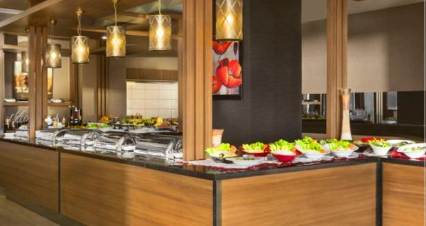 """Ramada By Wyndham Tekirdağ Otel'de """"Hafta Sonu Tatil Paketi""""! 4 gün 3 gece akşam yemeği dahil konaklama paketi 1890 TL yerine 1499 TL! Fırsatın geçerlilik tarihi için DETAYLAR bölümünü inceleyiniz."""