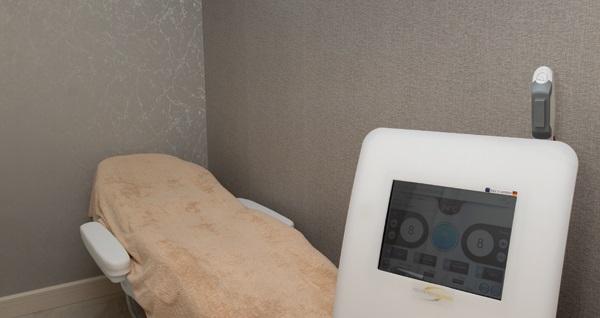 Portofino Solarium Beauty & SPA Acıbadem şubesinde geçerli 2 seans tüm vücut istenmeyen tüy uygulaması 800 TL yerine 199 TL! Fırsatın geçerlilik tarihi için DETAYLAR bölümünü inceleyiniz.