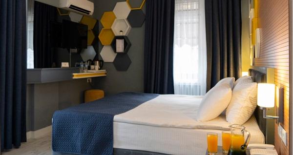 Antalya Let's Stay Hotel'de çift kişilik 1 gece konaklama 249,90 TL! Fırsatın geçerlilik tarihi için DETAYLAR bölümünü inceleyiniz.