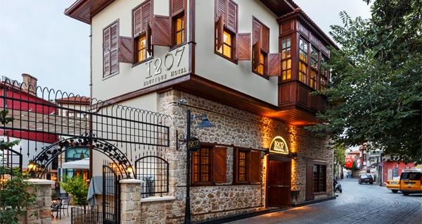 Kaleiçi 1207 Boutique Hotel'de 1 kişilik kahvaltı keyfi 34,90 TL! Fırsatın geçerlilik tarihi için DETAYLAR bölümünü inceleyiniz.