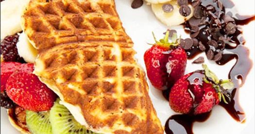 FSM Abbas Waffle'da zengin ve limitsiz içerikteki waffle Abbas'a has özel ev yapımı limonata ile 18,50 TL yerine 8,90 TL! 31 Ağustos 2013 tarihine kadar Abbas Waffle'ın sadece FSM Bulvarı şubesinde geçerlidir.