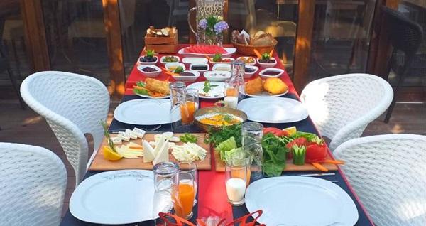 Maşukiye'de doğa içinde serpme kahvaltı 50 TL! Fırsatın geçerlilik tarihi için DETAYLAR bölümünü inceleyiniz.