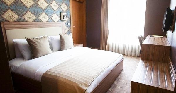 The Rise Aron Business Hotel Merter'de çift kişilik 1 gece kahvaltı dahil konaklama 199 TL! Fırsatın geçerlilik tarihi için DETAYLAR bölümünü inceleyiniz.