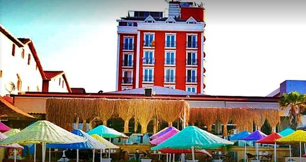 Denize nazır Kumburgaz Blue World Hotel'de açık büfe kahvaltı dahil çift kişilik 1 gece konaklama ve spa kullanımı 250 TL yerine 129 TL! Fırsatın geçerlilik tarihi için, DETAYLAR bölümünü inceleyiniz. Fırsat özel günlerde geçerli değildir.