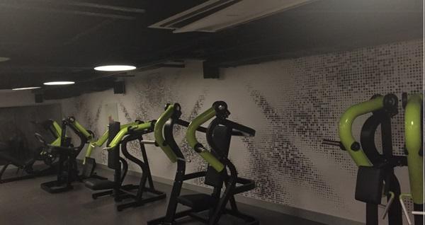 Ever Hotel Asia Dream Spa Fitness'ta 1 aylık sınırsız fitness üyeliği, 1 özel ders, 30 dk Spor masajı ve spa kullanımı 450 TL yerine 349 TL! Fırsatın geçerlilik tarihi için DETAYLAR bölümünü inceleyiniz.