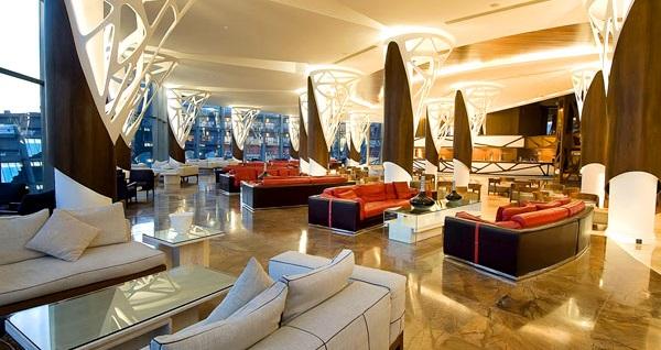 Nuh'un Gemisi Deluxe Hotel & Spa'da Volkan Konak galası ile 2 Gece ULTRA HER ŞEY DAHİL konaklama ve gidiş-dönüş uçak bileti kişi başı 1.789 TL'den başlayan fiyatlarla! Detaylı bilgi ve size en uygun fiyatların sunulması için hemen 0850 532 50 76 numaralı telefonu arayın!