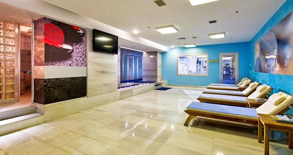 Gayrettepe Divan İstanbul City Hotel'de çift kişilik konaklama ve spa keyfi 309 TL'den başlayan fiyatlarla! Fırsatın geçerlilik tarihi için, DETAYLAR bölümünü inceleyiniz.