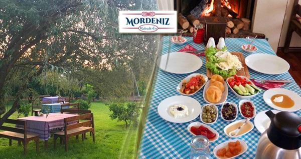 Güzelbahçe Mordeniz Kahvaltı Evi'nde organik serpme kahvaltı ve Türk kahvesi keyfi kişi başı 29,90 TL! Fırsatın geçerlilik tarihi için, DETAYLAR bölümünü inceleyiniz.