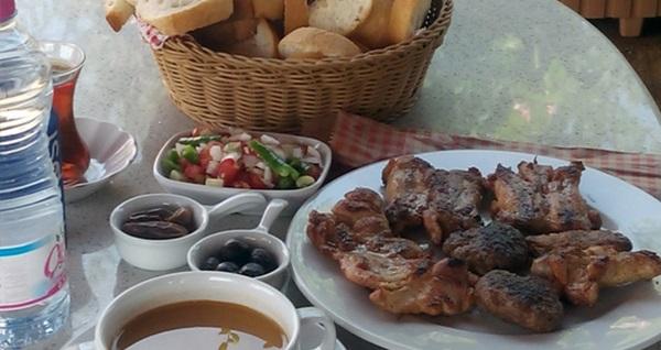 Gebze Mandev Restoran'da tadına doyamayacağınız iftar menüsü 29,90 TL! Bu fırsat 6 Mayıs - 3 Haziran 2019 tarihleri arasında, iftar saatinde geçerlidir.