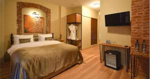 Wings of Pera Hotel'de tek veya çift kişilik konaklama 179 TL! Fırsatın geçerlilik tarihi için DETAYLAR bölümünü inceleyiniz.