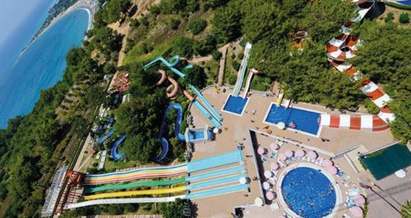 Akdeniz'in en büyük su parkı Alanya Water Planet Hotel & Aquapark'ta aquapark girişi ve açık büfe fast food ile gün boyu limitsiz soft içecek kişi başı 60 TL yerine 45 TL! Fırsatın geçerlilik tarihi için, DETAYLAR bölümünü inceleyiniz.
