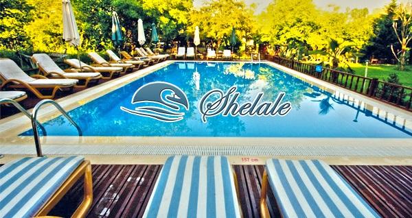 Ağva Shelale Hotel'in doğayla iç içe ortamında 1 adet meşrubat dahil günlük havuz girişi 34,90 TL! Fırsatın geçerlilik tarihi için DETAYLAR bölümünü inceleyiniz.