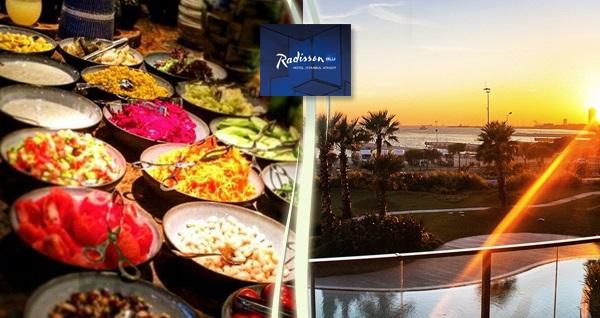 Radisson Blu Hotel İstanbul Ottomare'de iftar menüsü 85 TL! Bu fırsat 6 Mayıs - 3 Haziran 2019 tarihleri arasında, iftar saatinde geçerlidir.
