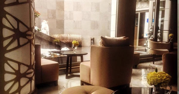 Gayrettepe Taba Luxury Suites'te kahvaltı dahil çift kişilik 1 gece konaklama 369 TL yerine 319 TL! Fırsatın geçerlilik tarihi için DETAYLAR bölümünü inceleyiniz.