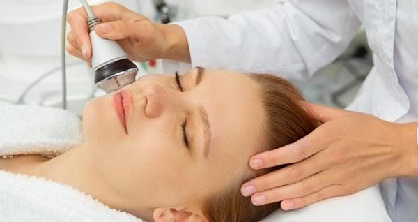 Olga Tırnak Esma Özdil Beauty Narlıdere'de 1 seans medikal cilt bakımı ve 1 seans radyofrekans ile cilt ütüleme 490 TL yerine 99 TL! Fırsatın geçerlilik tarihi için DETAYLAR bölümünü inceleyiniz.