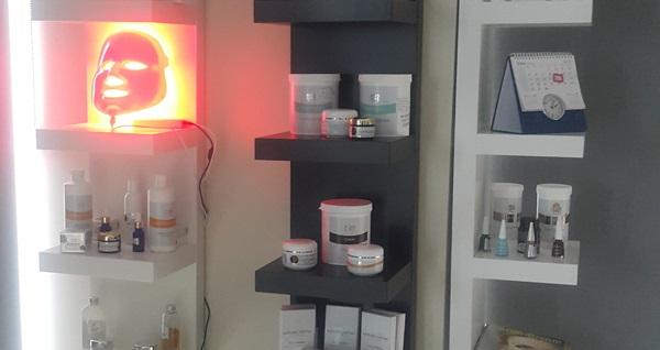Natura Medical Beauty Center'da 1'er seans micro terapi incelme ve G5 masaj hediyeli ameliyatsız yüz germe+cilt bakımı 350 TL yerine 49,90 TL! Fırsatın geçerlilik tarihi için DETAYLAR bölümünü inceleyiniz.