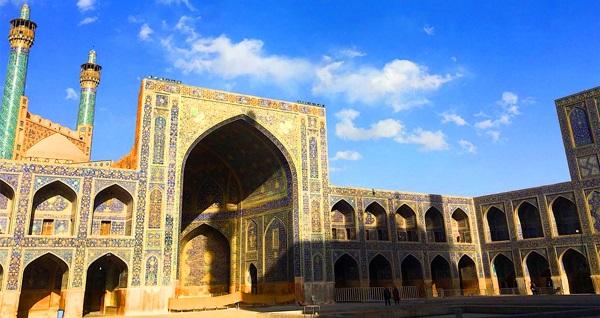 10 kişilik gezgin ekipleri ile yeni rotaları Keşfet! Ürdün, Lübnan ve İran Turları Keşfet101 deneyimi ve farkı ile sizlerle! Fırsatın geçerlilik tarihi için, DETAYLAR bölümünü inceleyiniz.