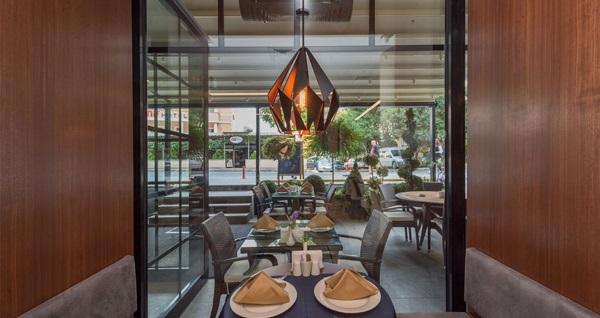 Şişli Boursier Hotel'de açık büfe kahvaltı dahil çift kişilik 1 gece konaklama keyfi 400 TL yerine 229 TL! Fırsatın geçerlilik tarihi için, DETAYLAR bölümünü inceleyiniz.