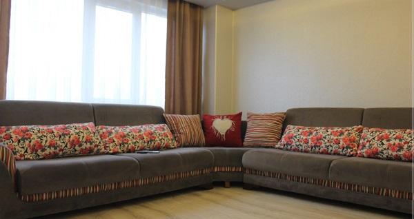 Bursa'nın merkezi konumundaki Zirve Apart'tan günlük kiralık daireler 150 TL'den başlayan fiyatlarla! Detaylı bilgi için 0532 565 26 16 numaralı telefonu arayabilirsiniz.