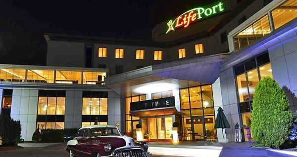 Gebze'de doğayla içiçe Life Port Hotel'de çift kişi 1 gece kahvaltı dahil konaklama 500 TL yerine 450 TL! Fırsatın geçerlilik tarihi için DETAYLAR bölümünü inceleyiniz.