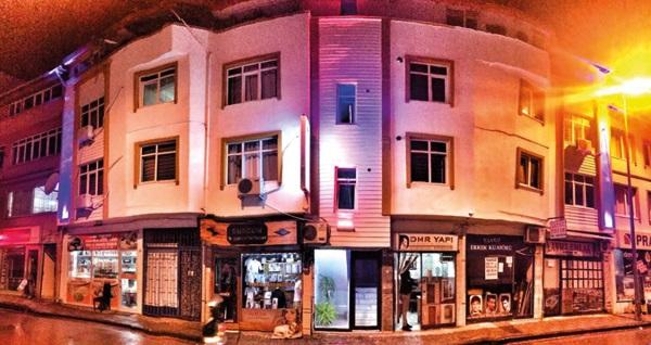 Gölcük Best In Deniz Hotel'de çift kişilik 1 gece konaklama 109 TL! Fırsatın geçerlilik tarihi için, DETAYLAR bölümünü inceleyiniz.
