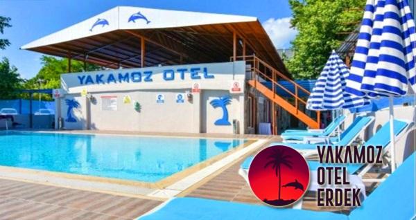 Erdek Yakamoz Otel'de denize sıfır çift kişilik 1 gece YARIM PANSİYON konaklama 270 TL! Fırsatın geçerlilik tarihi için DETAYLAR bölümünü inceleyiniz.