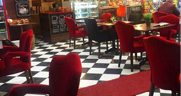 Caffe Latte The Italian Cafe'de sınırsız çay ve zengin serpme kahvaltı menüsü 19,90 TL! Fırsatın geçerlilik tarihi için DETAYLAR bölümünü inceleyiniz.