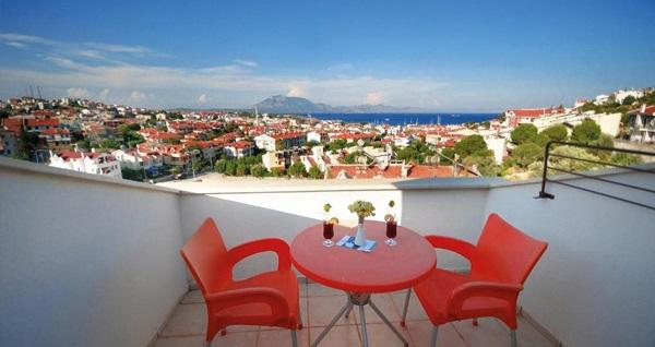 Villa Anfora Hotel Datça'da kahvaltı dahil çift kişilik 1 gece konaklama 169 TL! Fırsatın geçerlilik tarihi için, DETAYLAR bölümünü inceleyiniz.