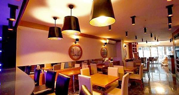 Şişli Hotel La Piano'da kahvaltı dahil çift kişilik 1 gece konaklama keyfi 239 TL! Fırsatın geçerlilik tarihi için, DETAYLAR bölümünü inceleyiniz.