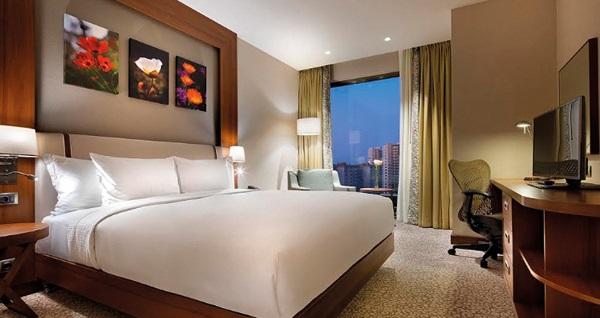 Hilton Garden Inn Beylikdüzü'nde çift kişilik 1 gece konaklama seçenekleri 329 TL'den başlayan fiyatlarla! Fırsatın geçerlilik tarihi için, DETAYLAR bölümünü inceleyiniz.