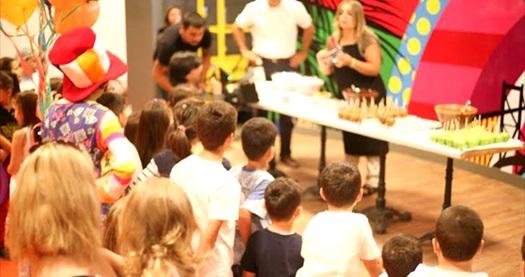 Acr Loft AVM Funloft'ta eğlence dolu playground alanı oyun girişi ve 3-9 yaş arası çocuklar için mutfak atölyesi girişi 53 TL yerine 29 TL! Fırsatın geçerlilik tarihi için DETAYLAR bölümünü inceleyiniz.