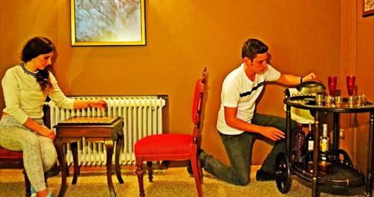 Türkiye'nin En Büyük Kaçış Oyunu Markası LOCKED IN İzmir'de! Farklı konseptlerde evden kaçış macerası 2-5 kişilik giriş için 140 TL yerine 79 TL! Fırsatın geçerlilik tarihi için, DETAYLAR bölümünü inceleyiniz.
