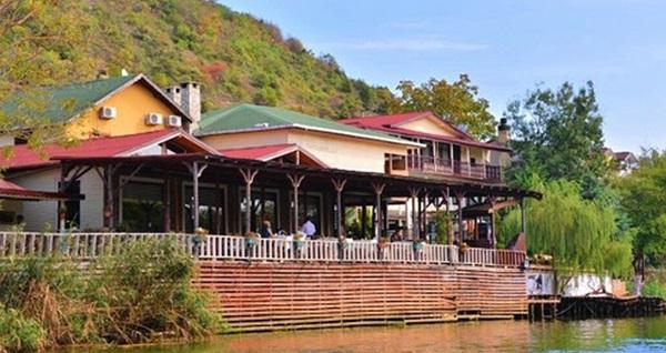 Ağva Alesta Butik Otel'de nehir kenarında akşam yemeği keyfi 75 TL! Fırsatın geçerlilik tarihi için DETAYLAR bölümünü inceleyiniz.