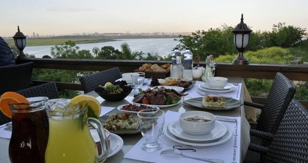 Avcılar Safran Elite Mangalbaşı & Cafe'den leziz iftar menüsü 99 TL! Bu fırsat 6 Mayıs - 3 Haziran 2019 tarihleri arasında, iftar saatinde geçerlidir.