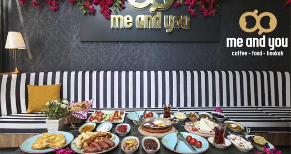 Me And You Cafe'de portakal suyu ve sınırsız çay eşliğinde serpme kahvaltı keyfi ve Türk kahvesi ikramı 35 TL yerine 22,50 TL! Fırsatın geçerlilik tarihi için, DETAYLAR bölümünü inceleyiniz.