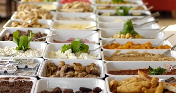 Behram Hotel Antalya'da kahvaltı dahil çift kişilik 1 gece konaklama keyfi 239 TL! Fırsatın geçerlilik tarihi için DETAYLAR bölümünü inceleyiniz.