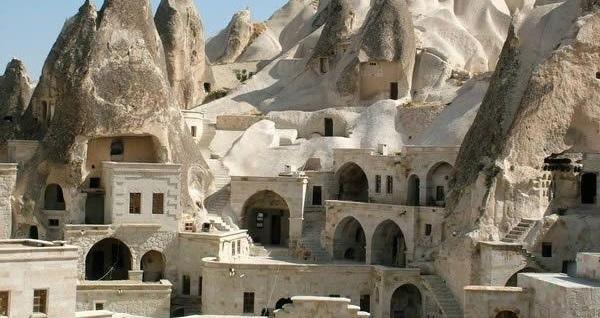 2 gün 1 gece Surban Cave Taş Otel veya 5* Avrasya Otel'de konaklamalı 'Kapadokya - Ihlara - Hacıbektaş Turu' Malitur ile (kişi başı) 419 TL! Fırsatın geçerlilik tarihi için DETAYLAR bölümünü inceleyiniz.