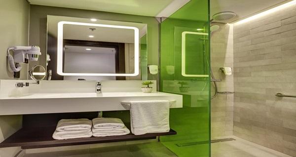 Park Inn by Radisson Izmir'de çift kişilik konaklama 409 TL'den başlayan fiyatlarla! Fırsatın geçerlilik tarihi için DETAYLAR bölümünü inceleyiniz.