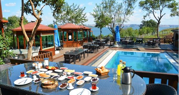 Avcılar Safran Elite Restaurant'ta muhteşem manzara eşliğinde zengin serpme kahvaltı menüsü 29,90 TL! Fırsatın geçerlilik tarihi için DETAYLAR bölümünü inceleyiniz.