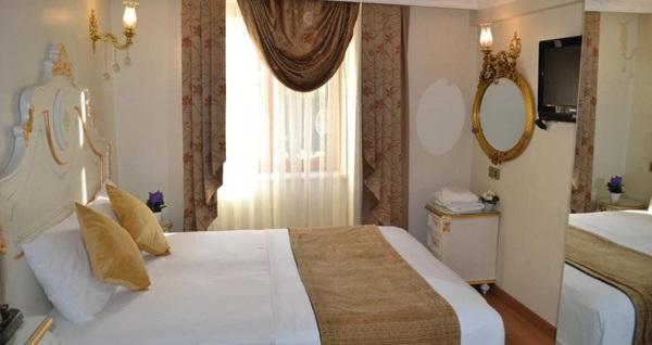 The Galataport Hotel'de çift kişilik 1 gece kahvaltı dahil konaklama keyfi 199 TL! Fırsatın geçerlilik tarihi için DETAYLAR bölümünü inceleyiniz.