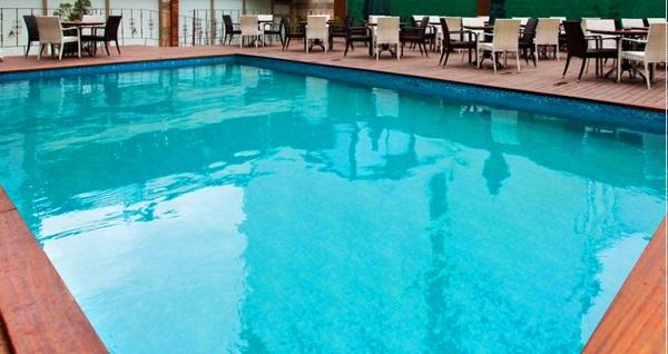 Alrazi Hotel Health Club'ta ıslak alan kullanımı dahil 1 aylık fitness üyeliği ve 4 seans temassız incelme 600 TL yerine 250 TL! Fırsatın geçerlilik tarihi için DETAYLAR bölümünü inceleyiniz.