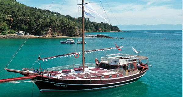 Ada Palas Butik Otel güvencesi ile tekne turu kişi başı 299 TL yerine 199 TL! Fırsatın geçerlilik tarihi için DETAYLAR bölümünü inceleyiniz.