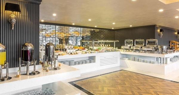 DoubleTree By Hilton İzmir Airport'ta enfes açık büfe kahvaltı 55 TL! Fırsatın geçerlilik tarihi için, DETAYLAR bölümünü inceleyiniz.